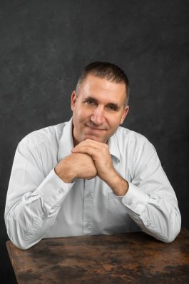 Molnár Adrián – Mentálhigiénés szakember